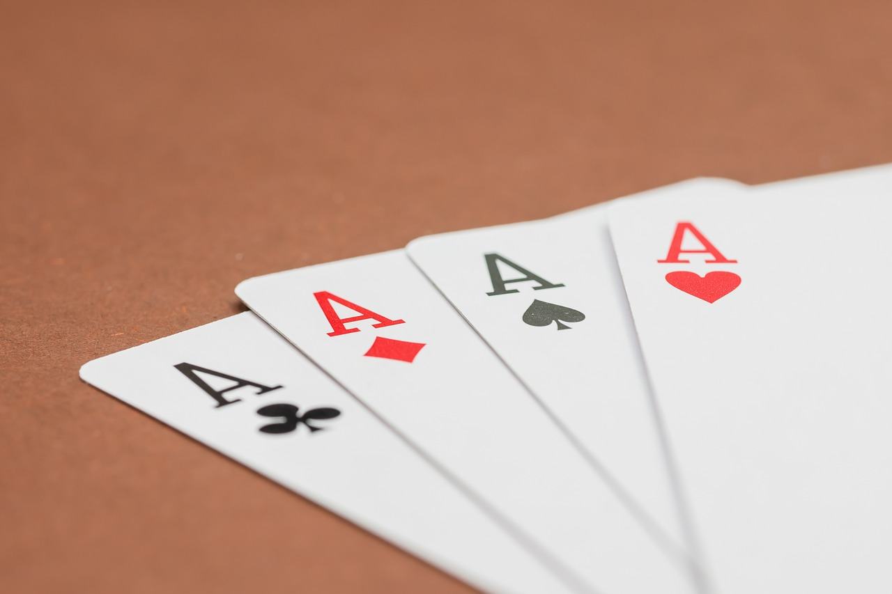 Go fish la casa cottages for How do you play go fish card game