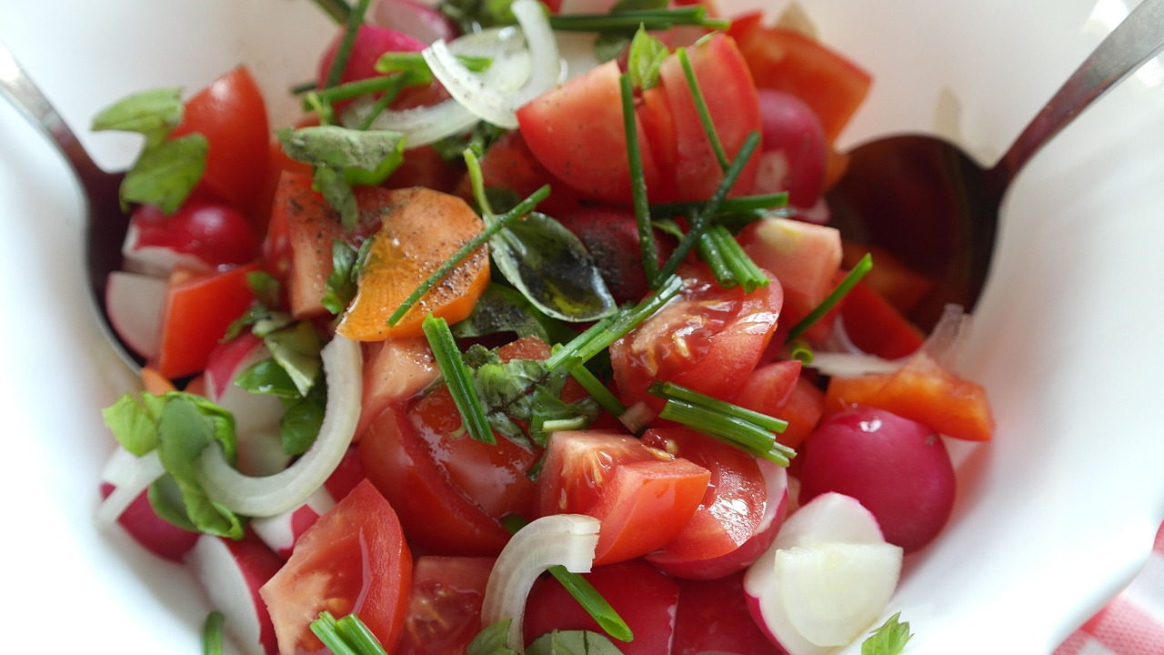 Savoury Chicken Souvlaki Salad